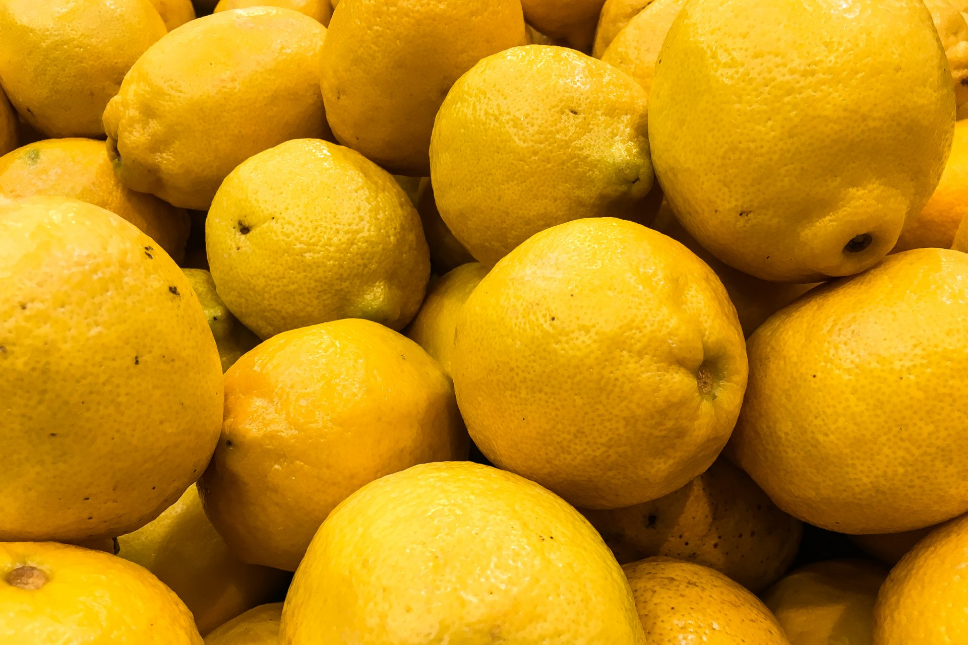 Group of Yellow Lemons