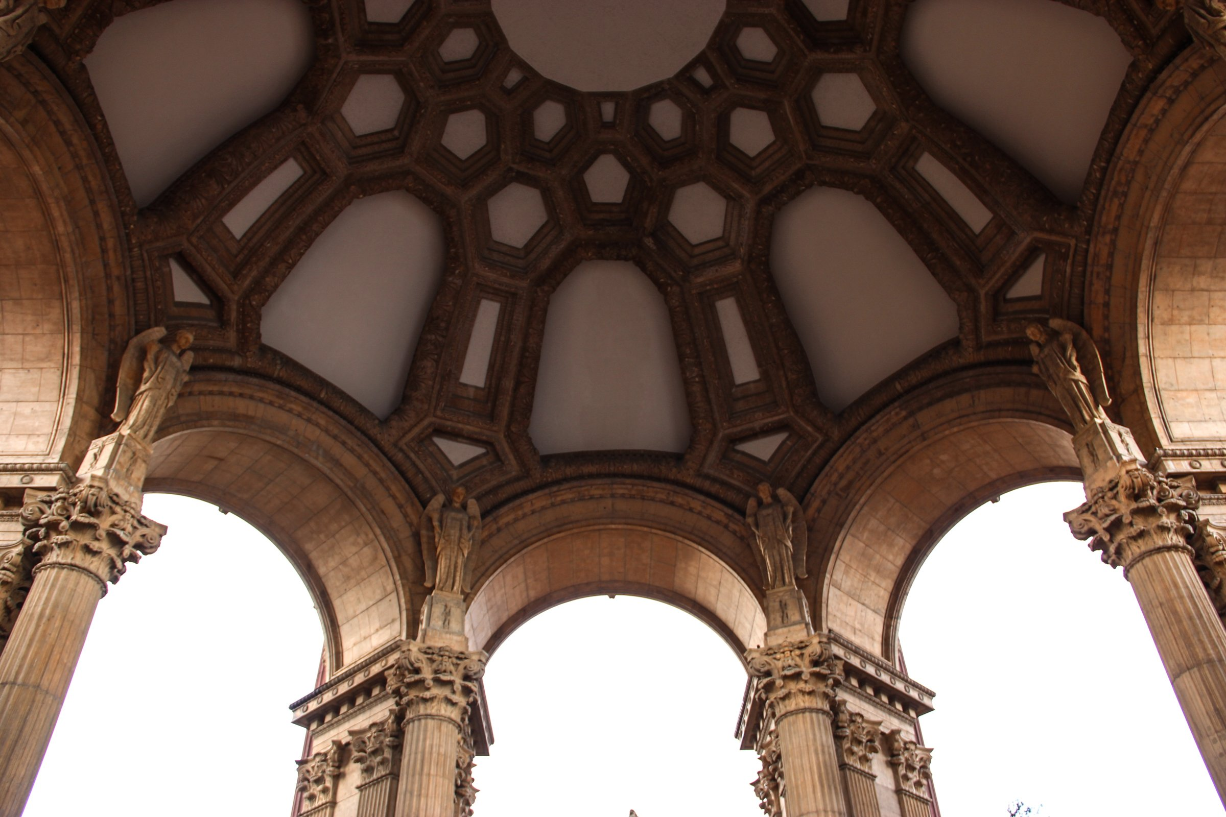 Free Stock Photo of Dome Ceiling with Arches