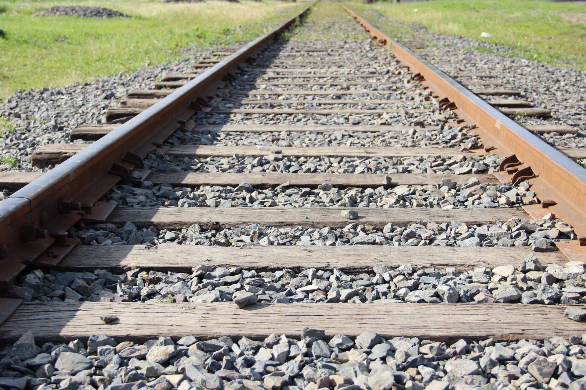 Railroad Tracks Going Forward