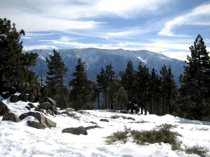 snowy-mountain-scene